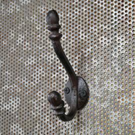 .Väggkrok gjutjärn 12 cm , hemmetshjarta.se