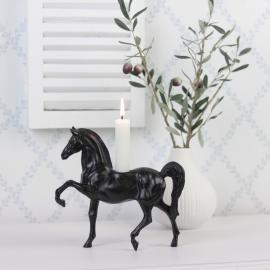 Ljusstake Häst Brun/Svart Poly 19cm , hemmetshjarta.se