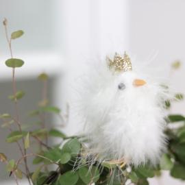 Kyckling/stick med glitterkrona - vit , hemmetshjarta.se