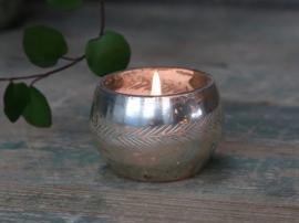 Värmeljushållare med bladslipning H4 / Ø6 cm antik silver , hemmetshjarta.se
