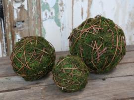 Fleur Moss boll med grenar Ø18 cm 1 st , hemmetshjarta.se