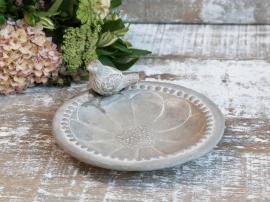Vecka 34 Fågelbad med pärlkant & blomma H9 / Ø20 cm franskgrå , hemmetshjarta.se