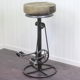.Barstol med trampor läder/metall 82 cm , hemmetshjarta.se