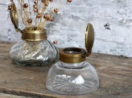 Vecka 41 Gl. Fransk vas med lock H6,5 / Ø8 cm mässing , hemmetshjarta.se