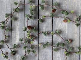Fleur Cedar girlang med kottar L160 cm grön , hemmetshjarta.se