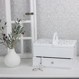 Förvaringslåda med glaslock & snidade detaljer , hemmetshjarta.se
