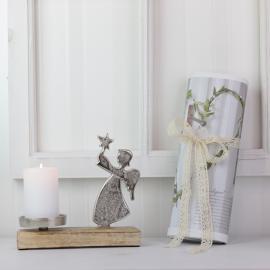 .Stående ängel med ljushållare - silver , hemmetshjarta.se