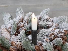 Ljushållare för kyrkljus med spjut H14,5 / Ø4 cm antikt svart , hemmetshjarta.se